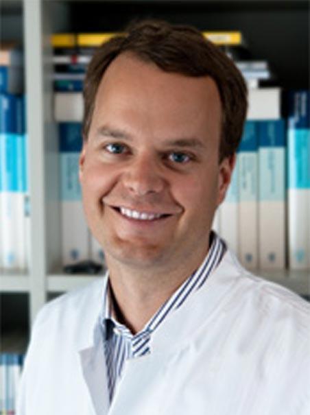 Dr. Stefan Bischofs